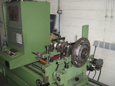 Balancing crank, flywheel, pressure plate and pulley